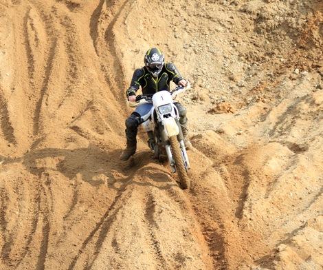 moto-pramoga-pramogos-motociklais-enduro